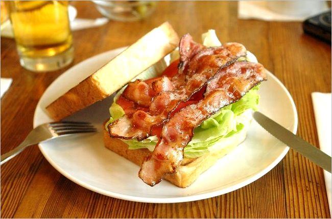 サンドウィッチのメニュー
